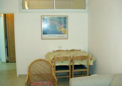14 Shamai St - Dining area
