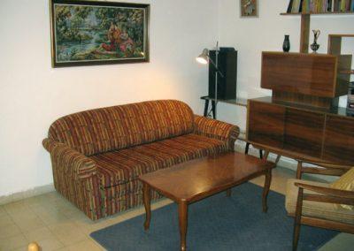 Lincoln St - Living room